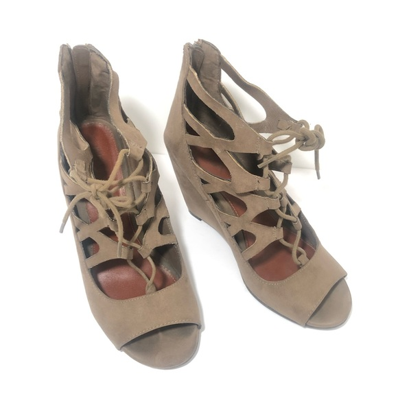 Wedge Sandals MIA Wedge shoes Size 7.5